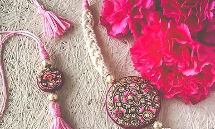 Top 5 Rakhi Quotes on Gifts to Make the Occasion Memorable